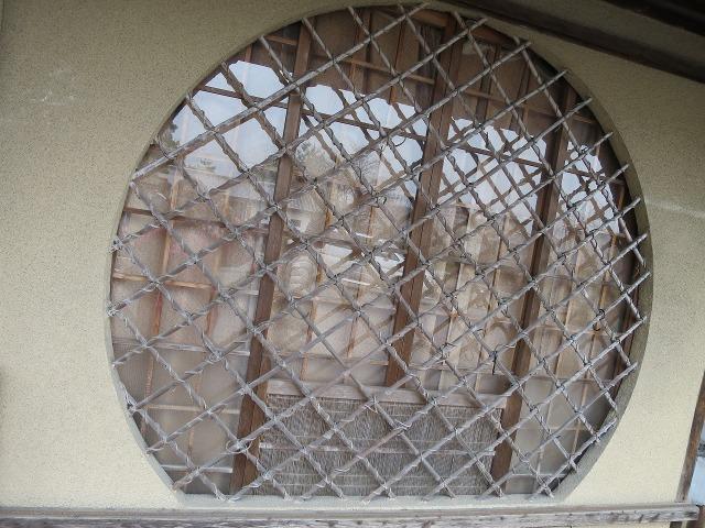 京都 丸い窓