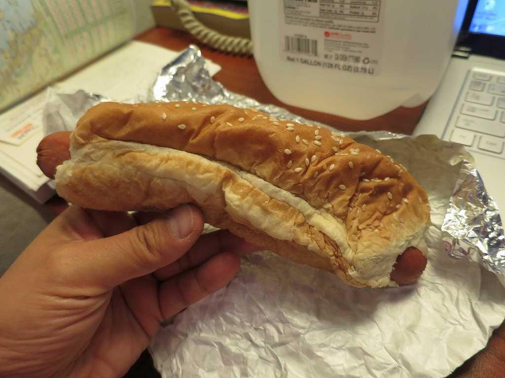 アメリカのコストコのホットドッグ