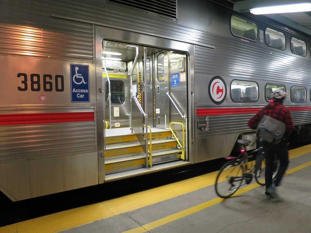 カルトレインの終着駅: サンフランシスコの「4番&キングストリート駅」