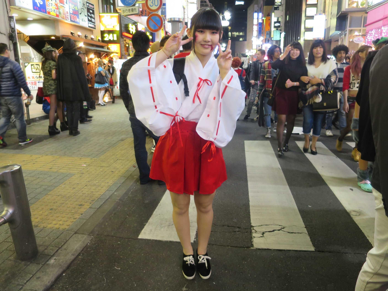 渋谷ハロウィン - 巫女さん