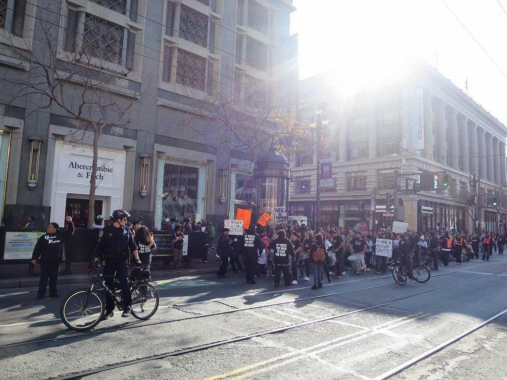 サンフランシスコ市内 - デモ行進