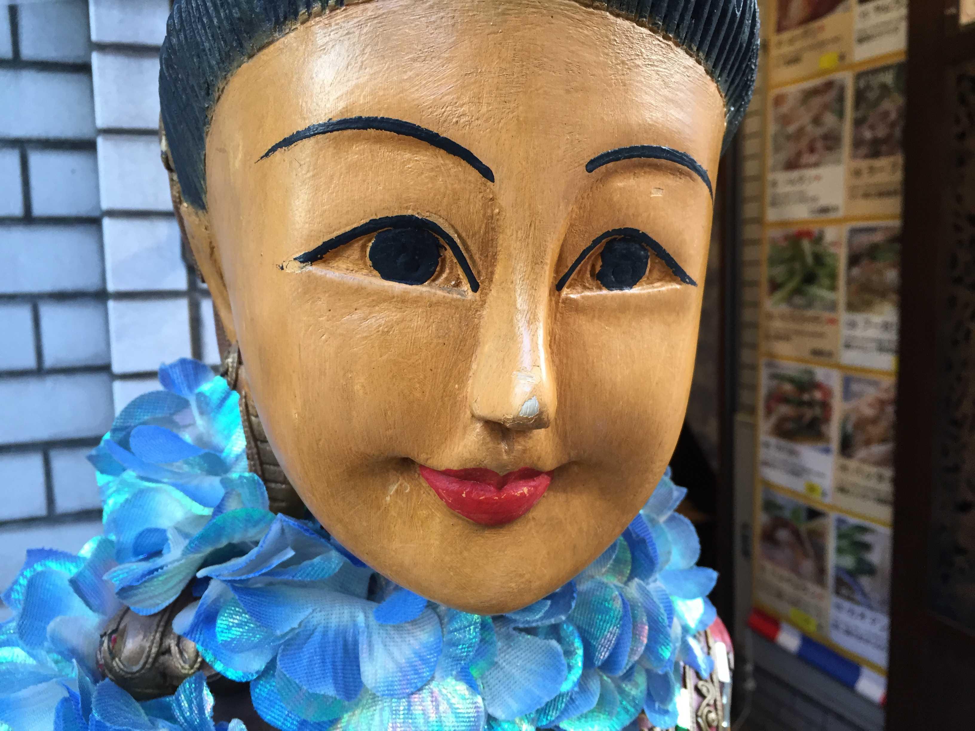 タイ美女人形