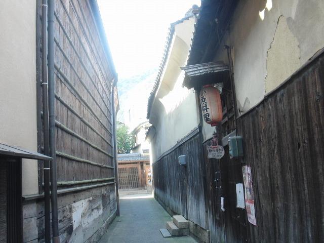 鞆の浦の狭い路地