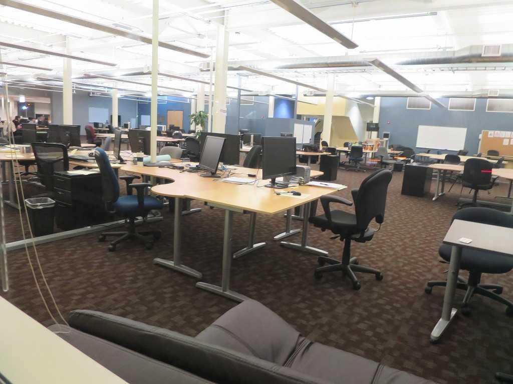 「nestGSV」の建物のオフィス