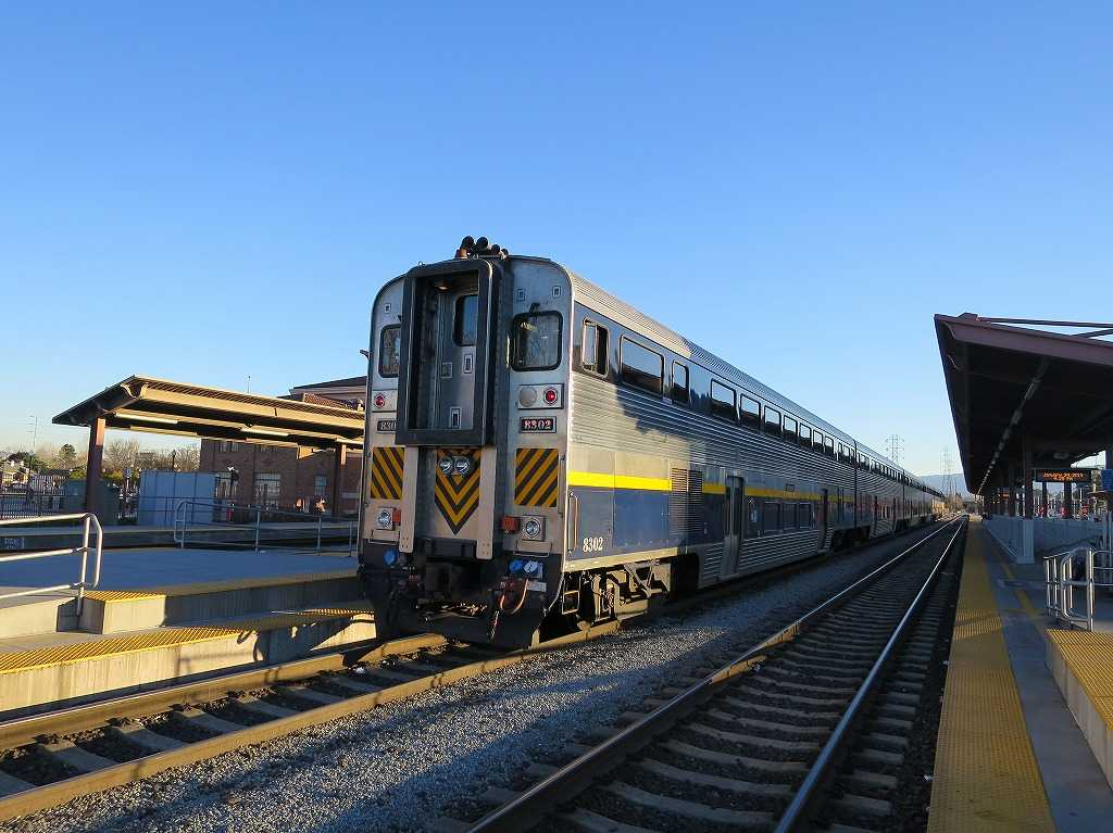 「Amtrak(アムトラック)」の背面
