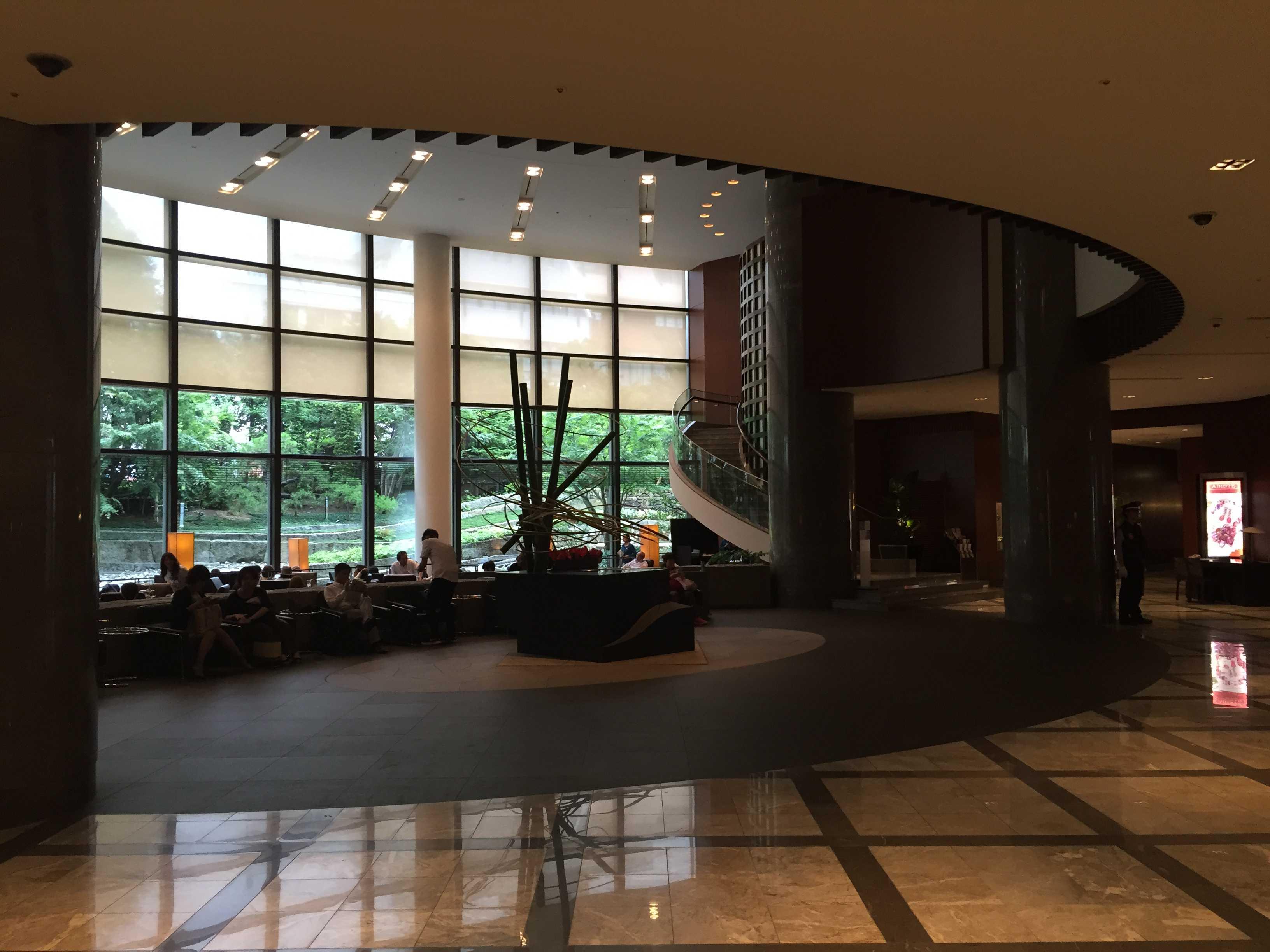 セルリアンタワー東急ホテル 2Fロビー