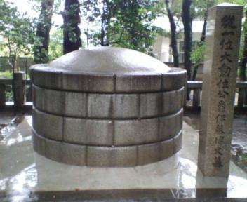 初代総理大臣・伊藤博文の墓(東京都品川区西大井)