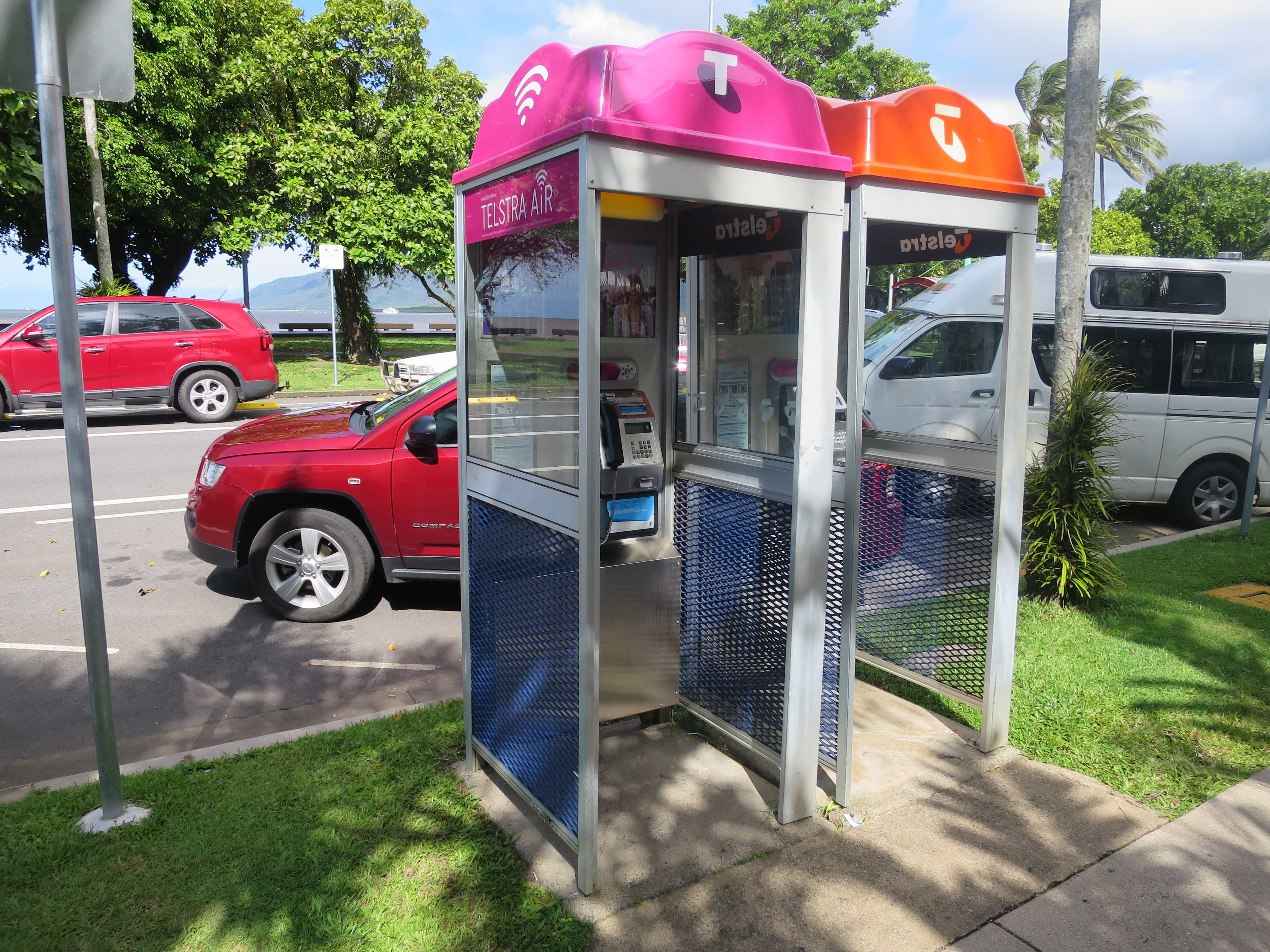 ケアンズ - 電話ボックス