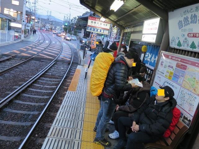太秦広隆寺駅ホーム