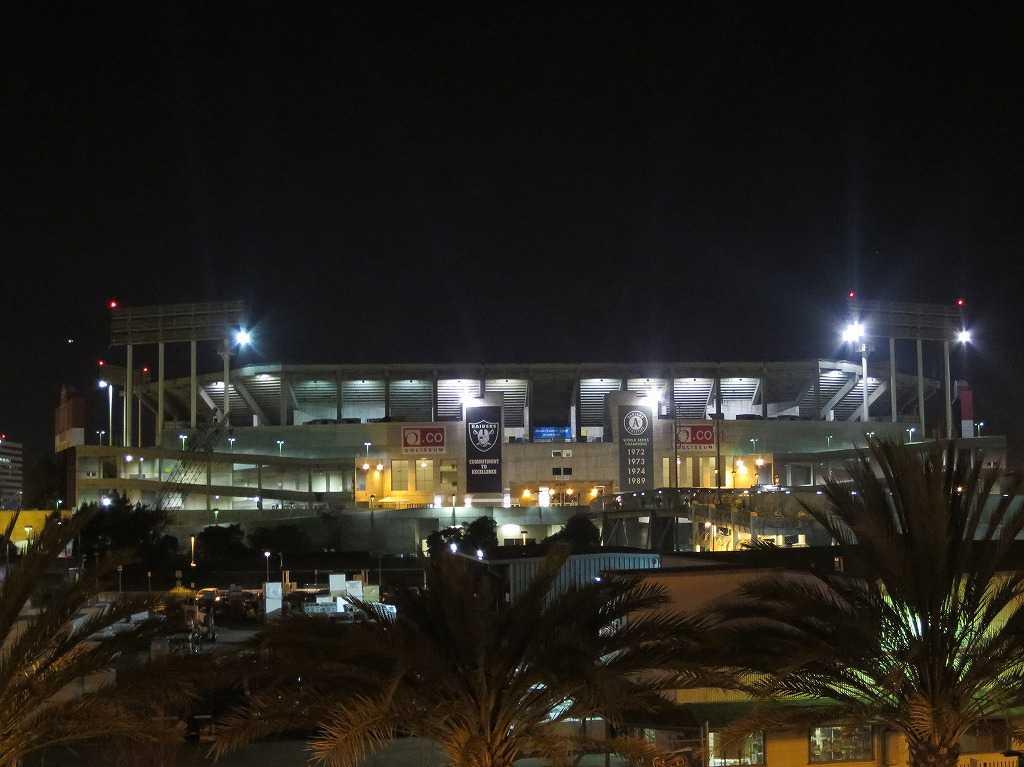 オー・ドットコー・コロシアム(O.co Coliseum )