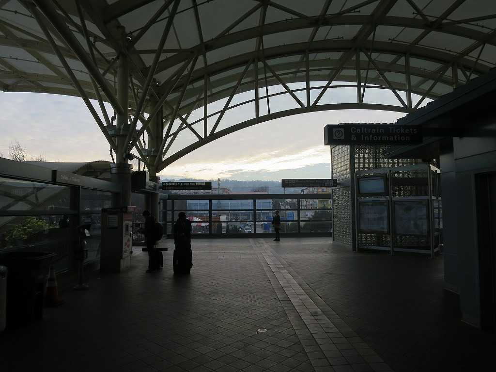 ミルブレー駅(BART/バート)