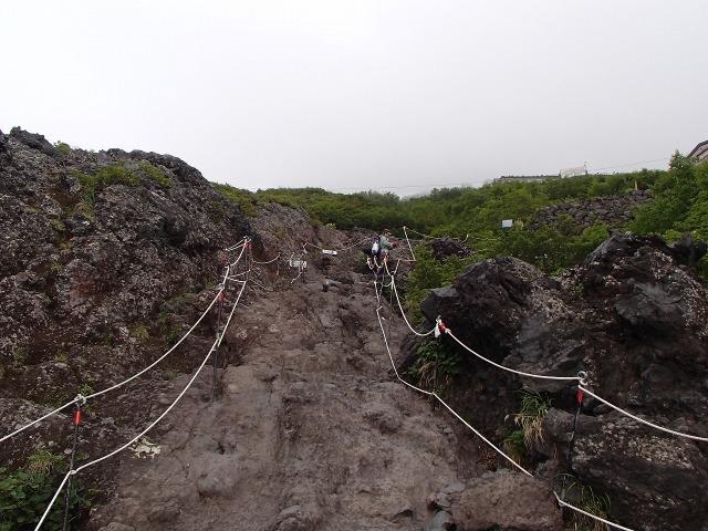 富士山の岩場