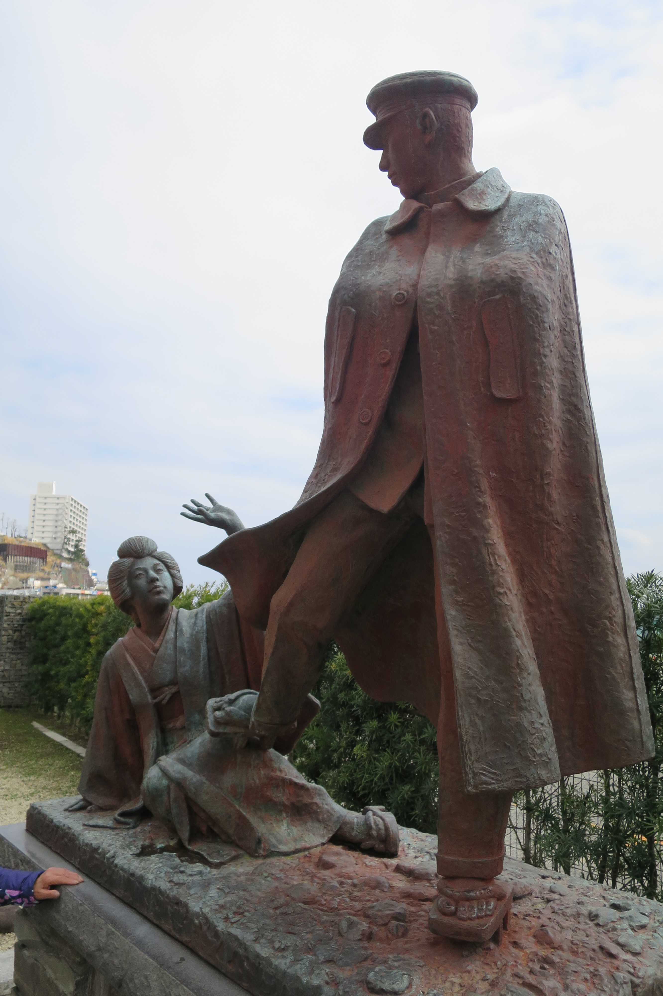 熱海 - 貫一・お宮の像