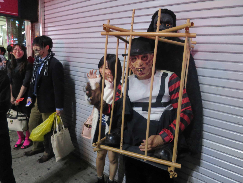 渋谷ハロウィーン - 牢獄の中の囚人