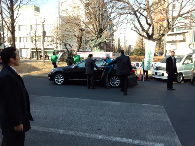 車に乗り込む小泉元首相