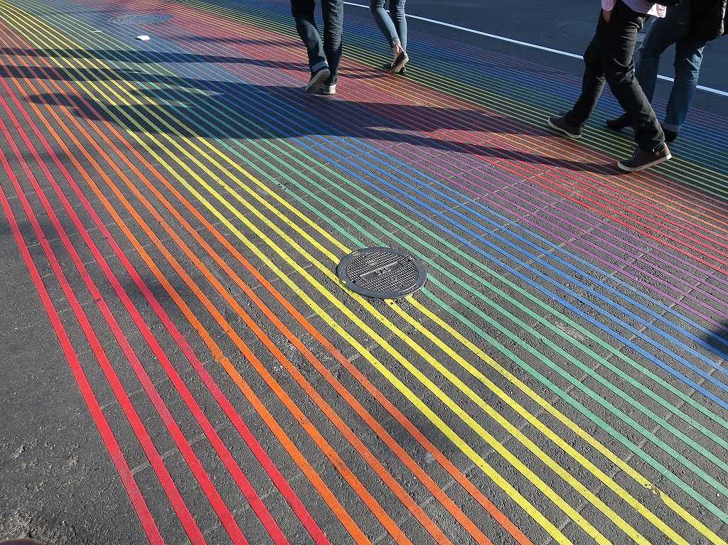 カストロ - カラフルな横断歩道