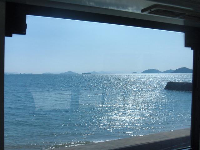 キラキラと光る鞆の海(瀬戸内海)