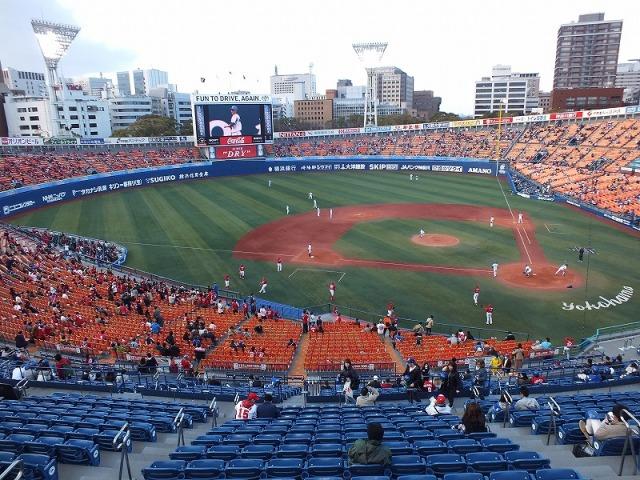 横浜スタジアム(ハマスタ)の外観