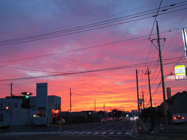 真っ赤な夕焼け(群馬県高崎市)