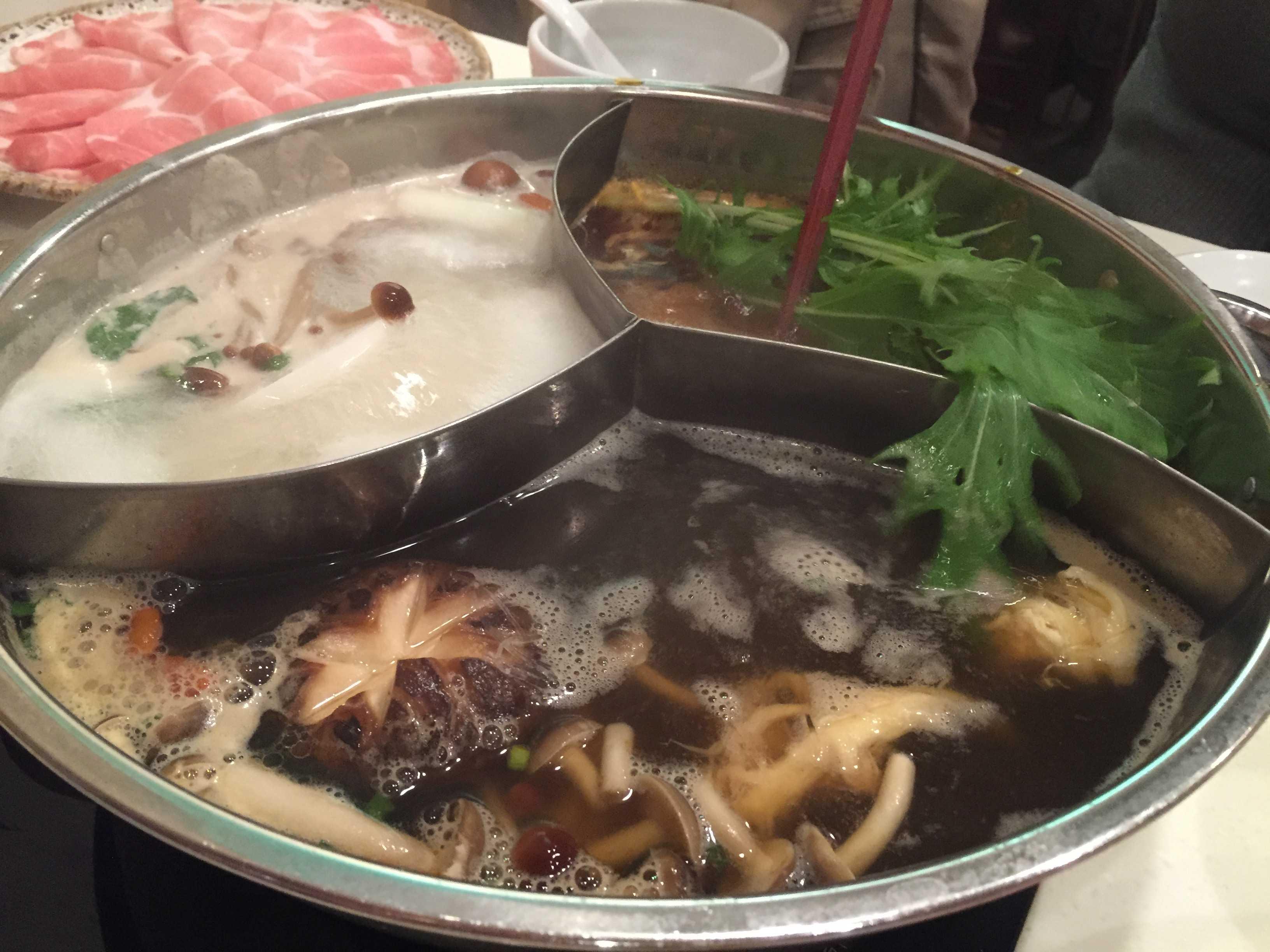 三味薬膳スープ - 小尾羊 新大久保店