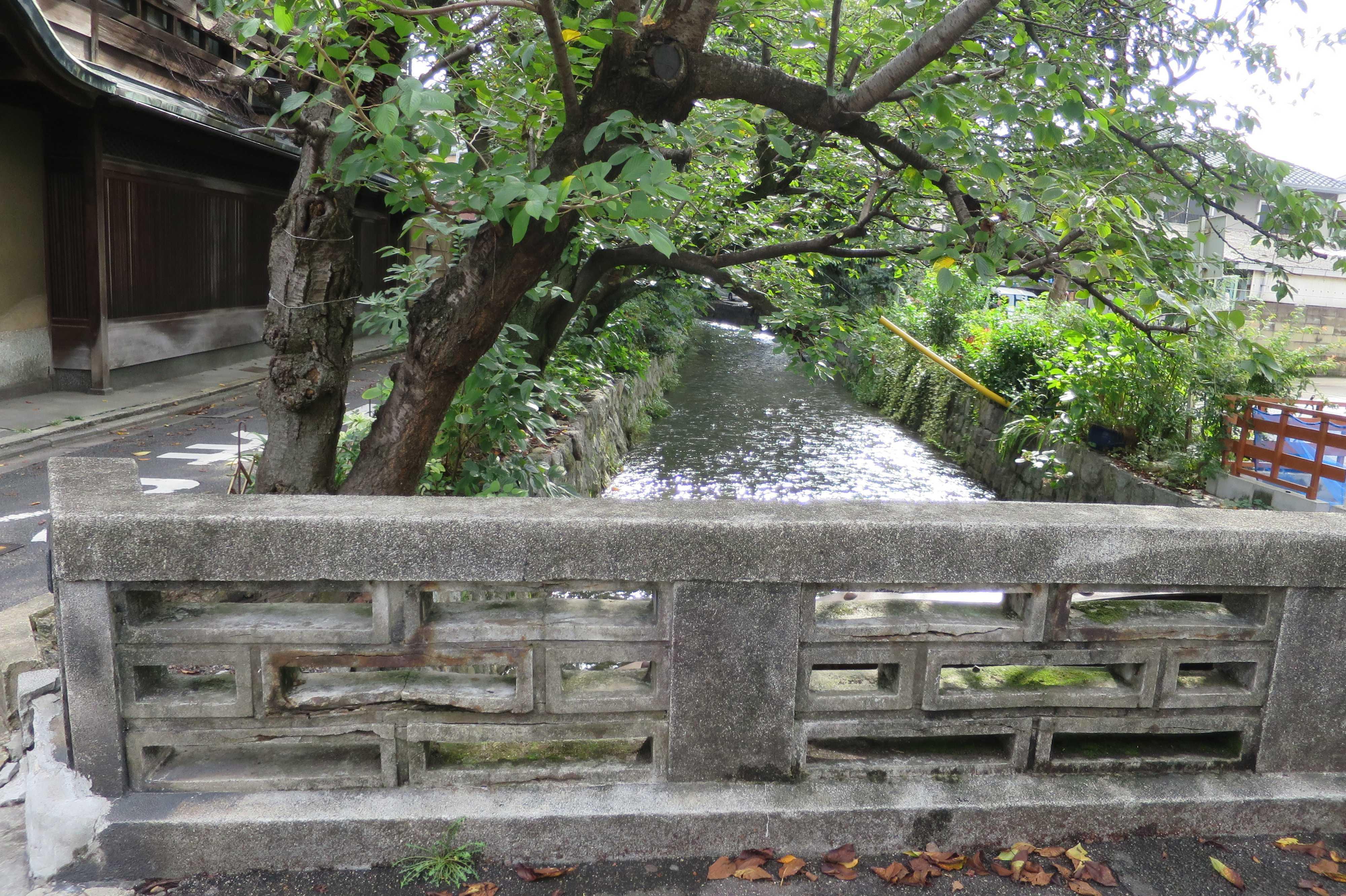 京都・五条楽園 - 六軒橋の欄干