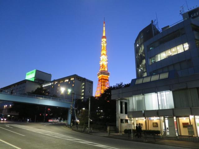 光輝く東京タワー