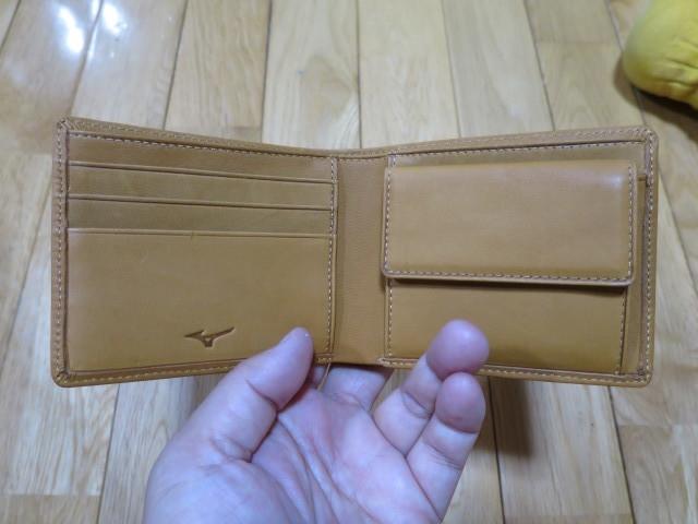 ミズノ(Mizuno)の財布 - 牛革二つ折りサイズ