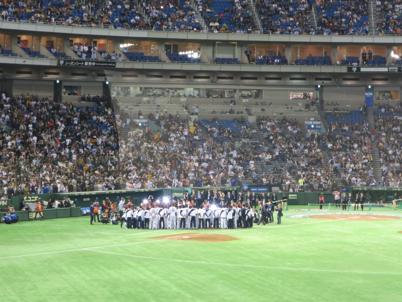 プレミア12 記念撮影をする侍ジャパン(野球日本代表 トップチーム)