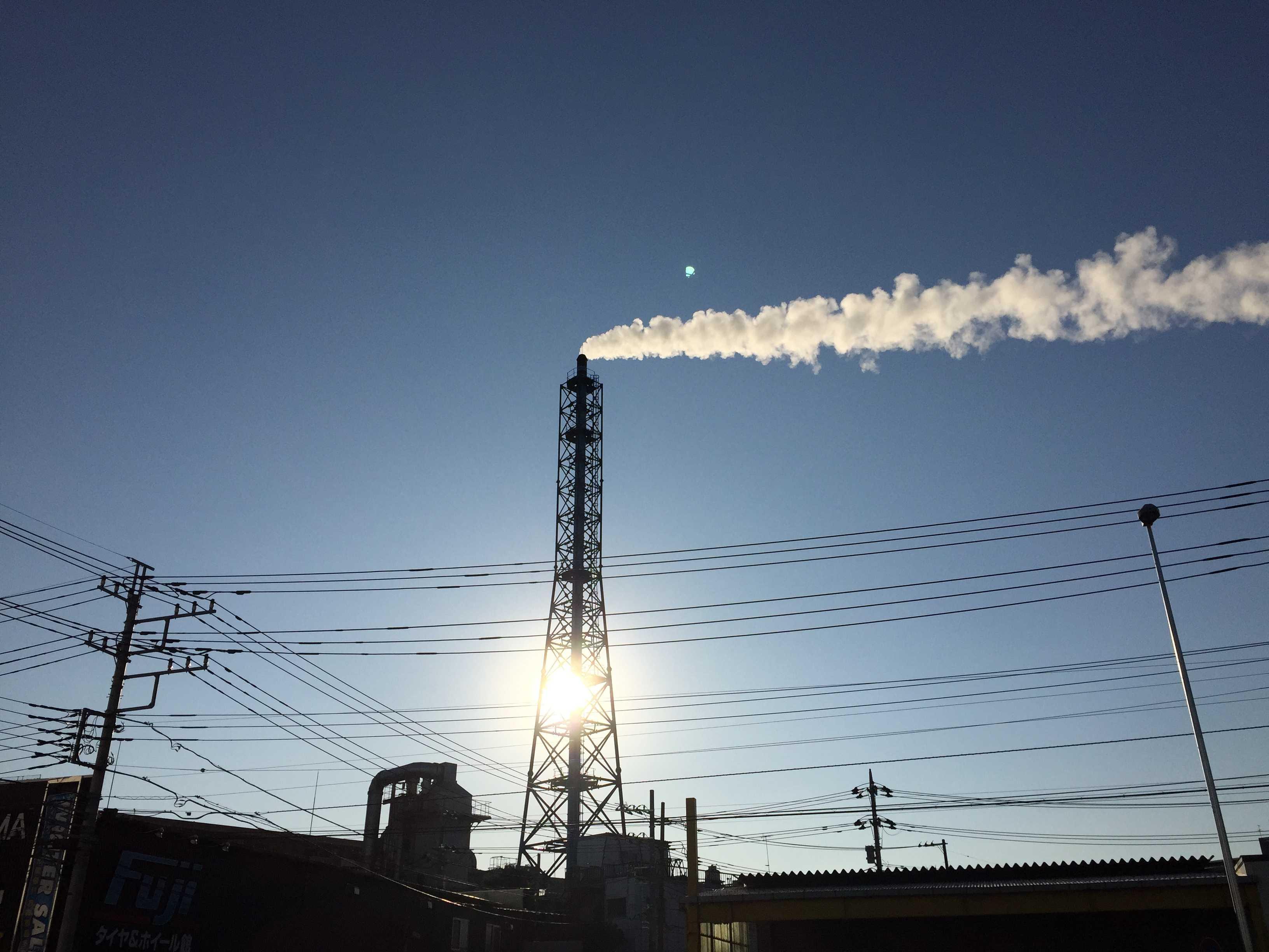 三友プラントサービス 第一工場の煙突(神奈川県相模原市)