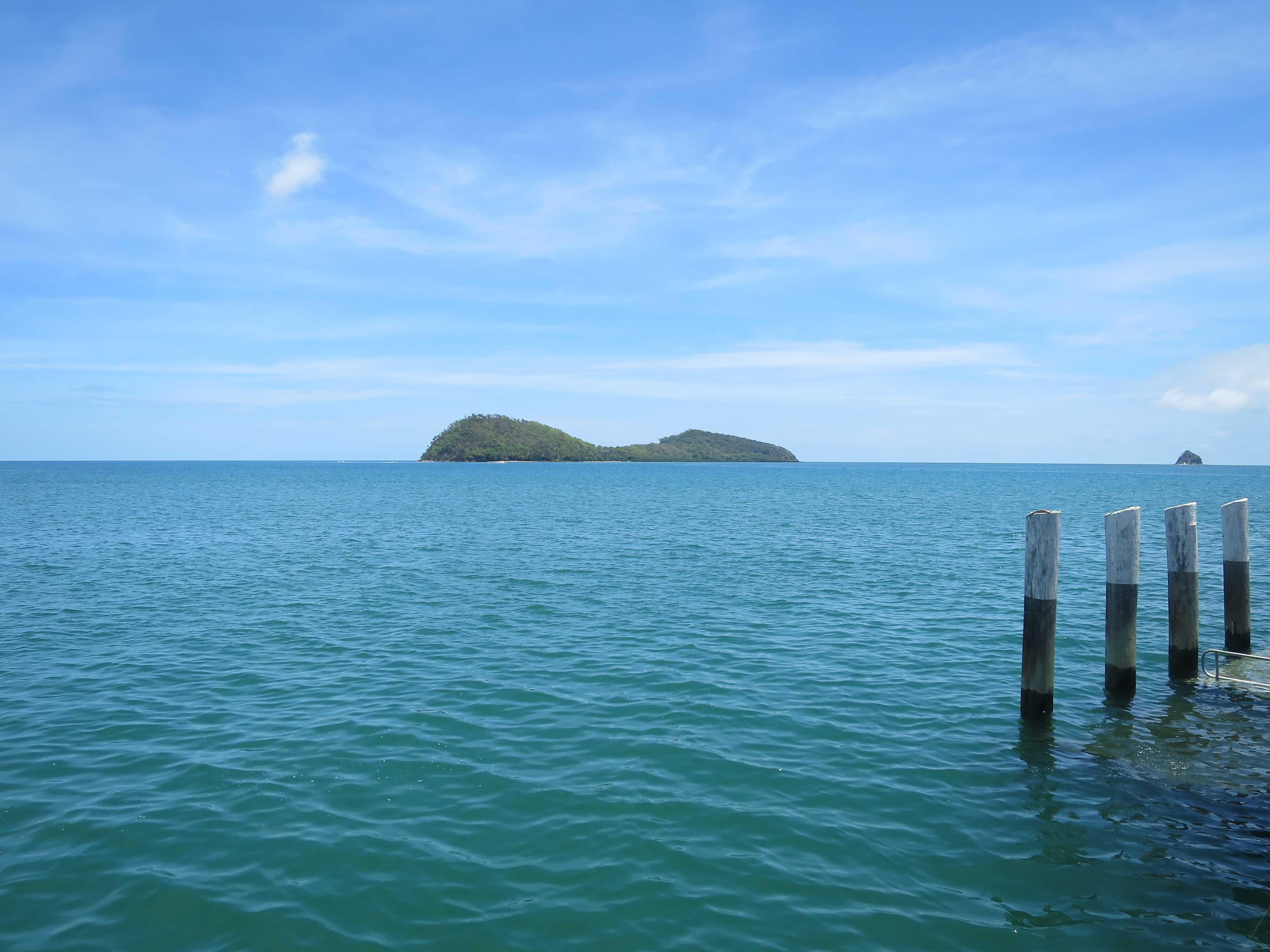 パームコーブビーチ - スカウトハットアイランド