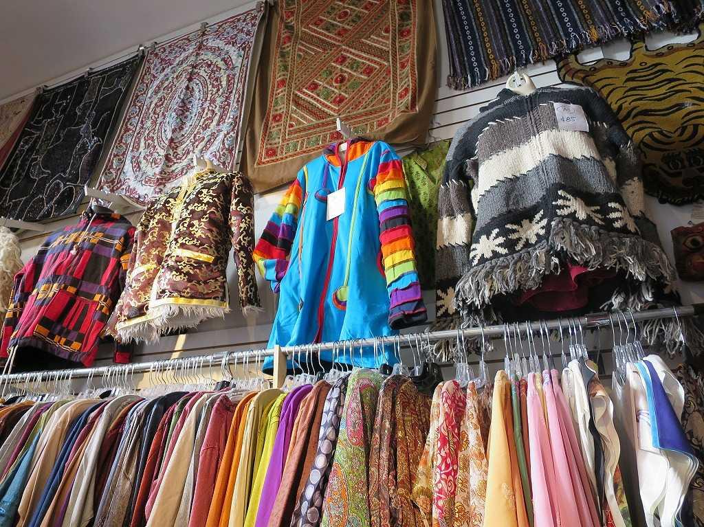 ヘイトアシュベリー - スカイブルーの民族衣装