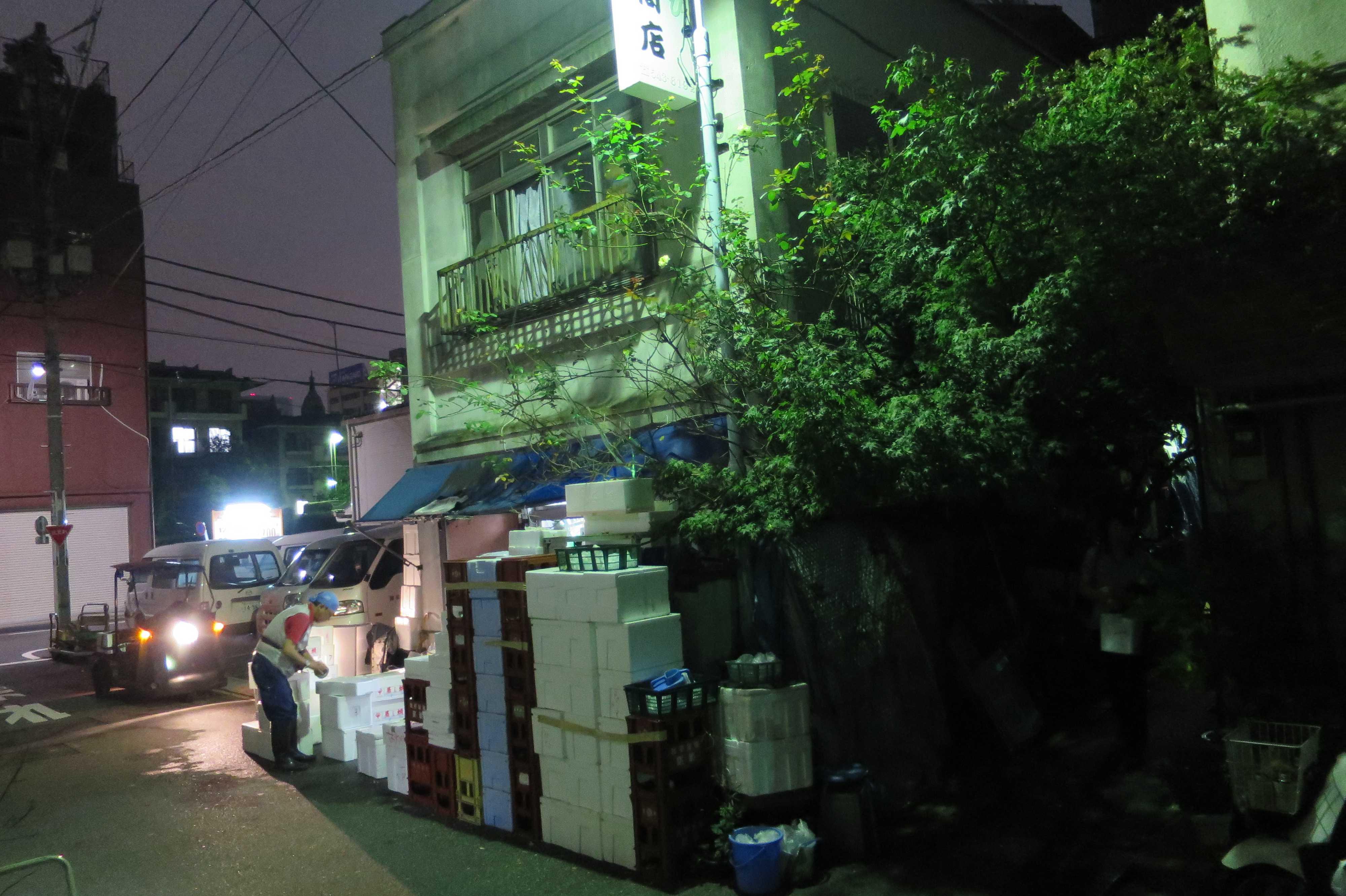 築地エリア - 人間っぽい街角、人間らしい街並み。