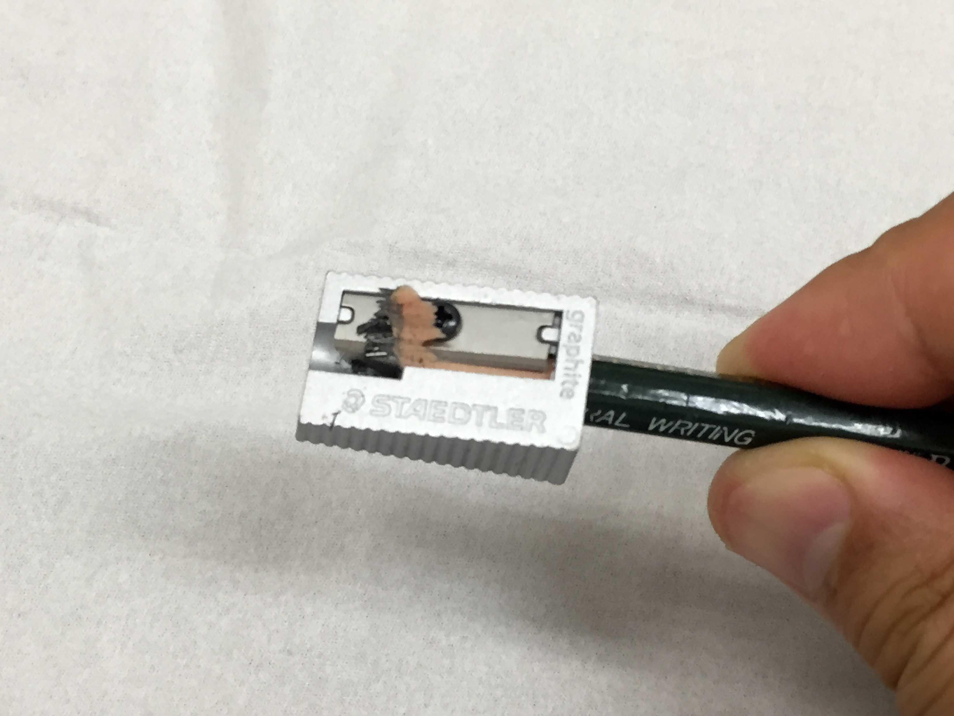 鉛筆の削りカス