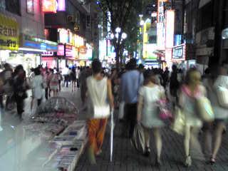 平成20年夏、燃える新宿・歌舞伎町を歩く