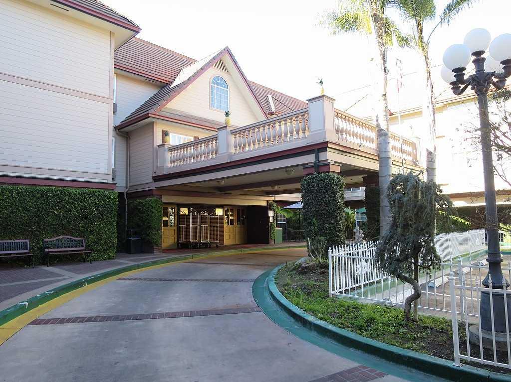 サンノゼ - アリーナホテルの玄関