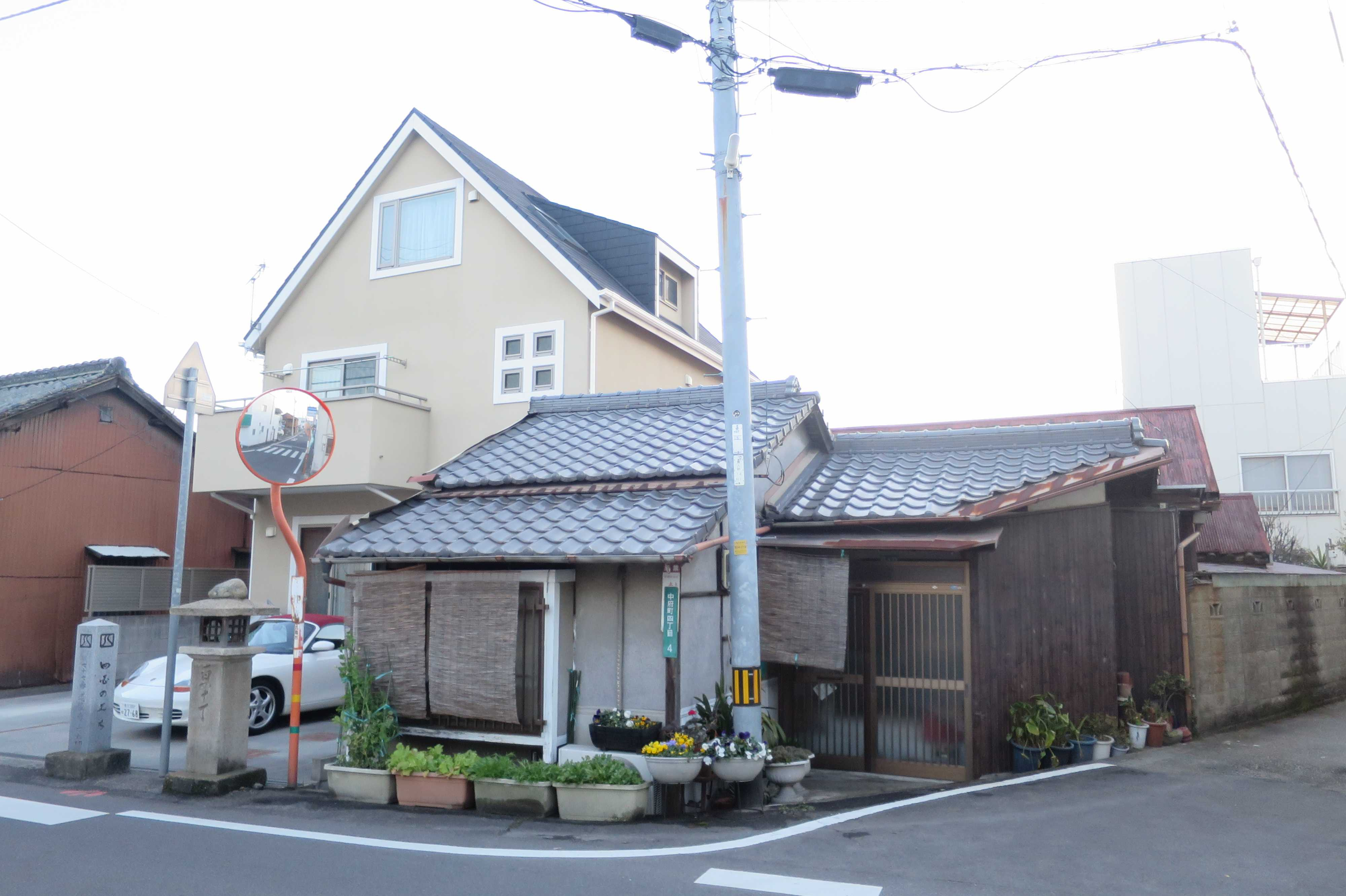 丸亀 - 中府口(140丁石)