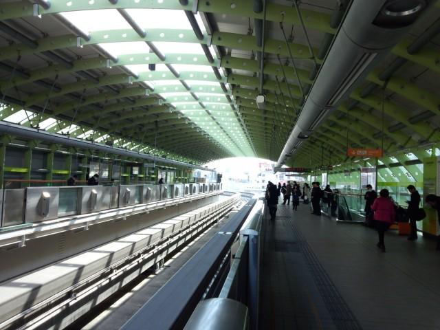 多摩モノレール 立川北駅