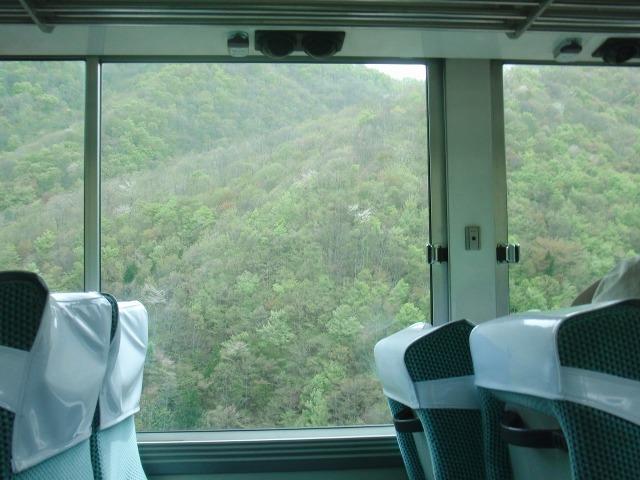会津バスの車窓