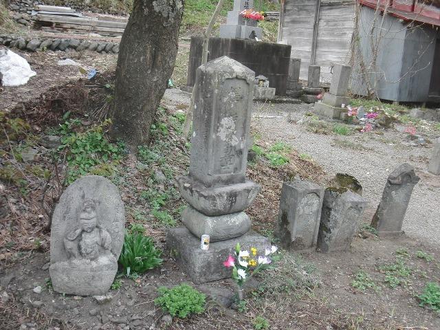 福島県檜枝岐村のお墓