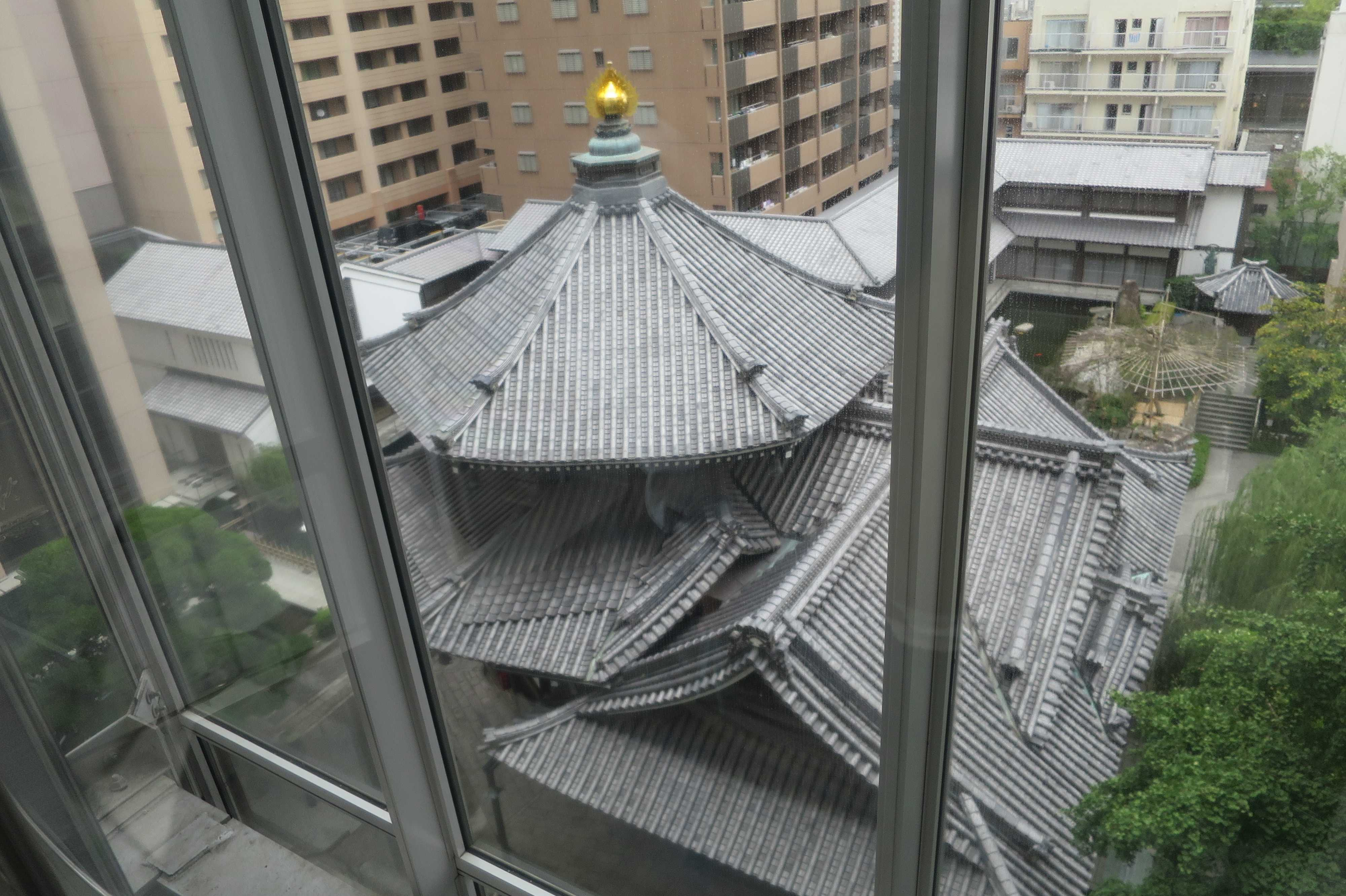 六角堂の展望エレベーター