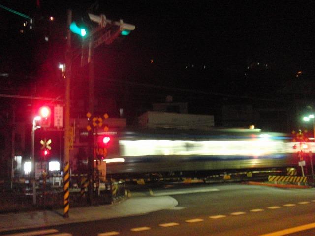 JR尾道駅近くの踏切