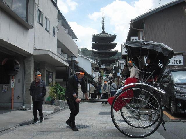 八坂の塔(法観寺五重塔)と人力車