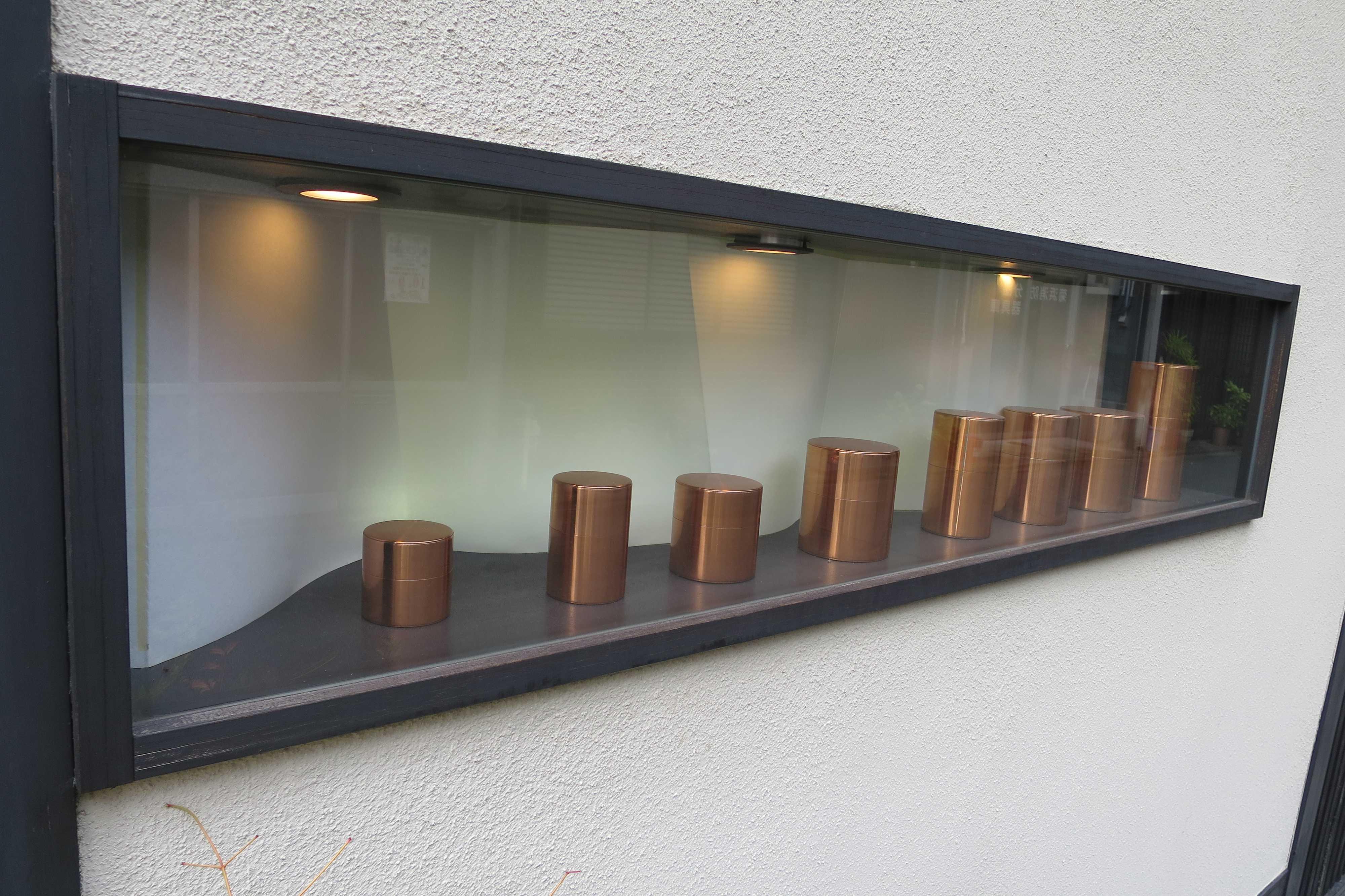 京都・五条楽園 - 明治8年創業、日本で一番古い歴史をもつ手作り茶筒の老舗「茶筒の開化堂」