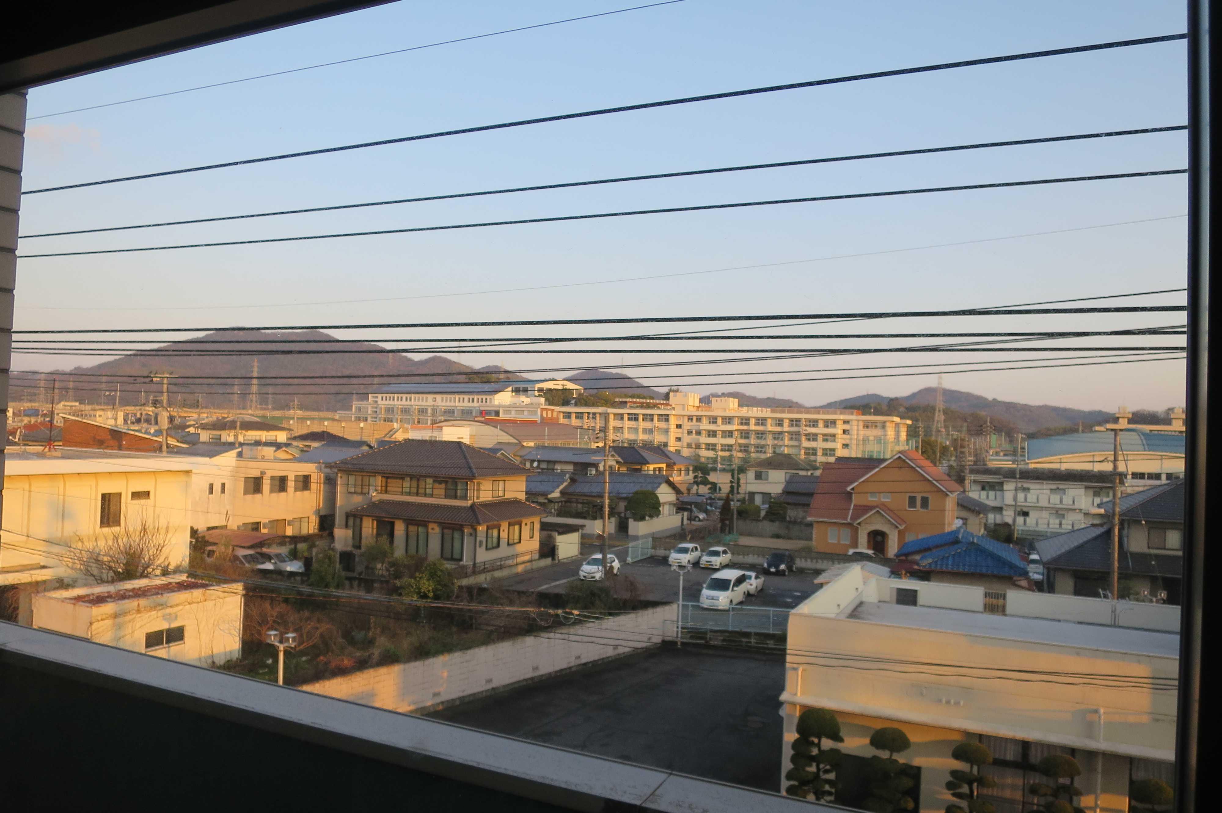 西大寺グランドホテルの窓から見た西大寺の町