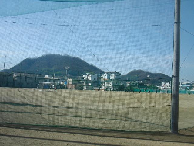 尾道中学校・尾道高等学校のグラウンド