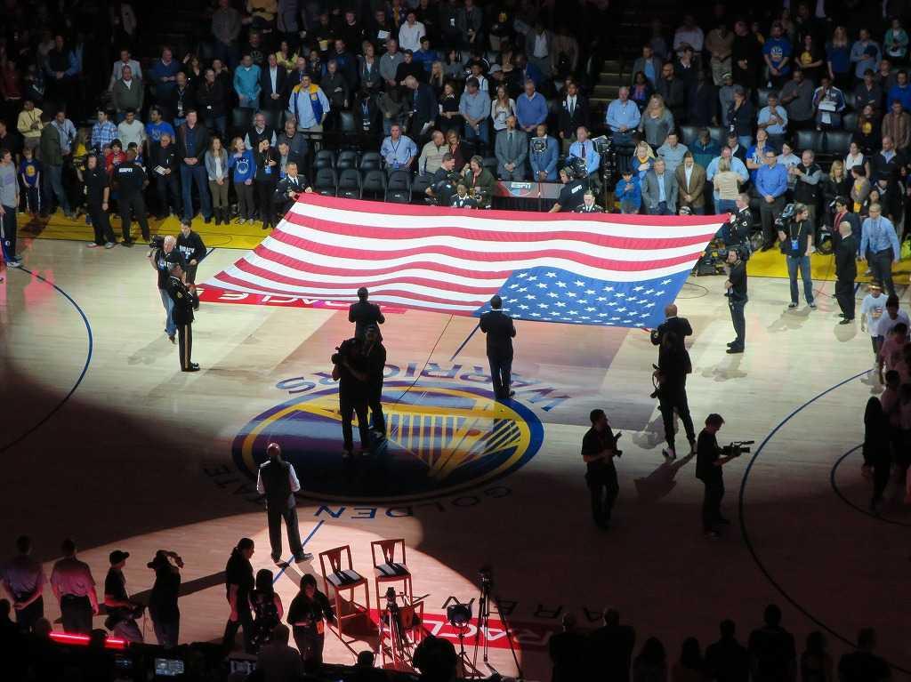 オラクル・アリーナ - アメリカ国旗(星条旗)