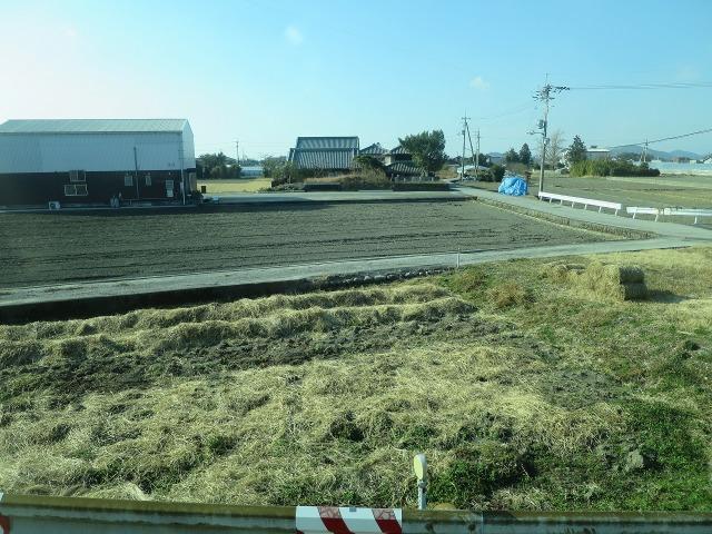 高知空港から高知駅方面へ向かう車窓