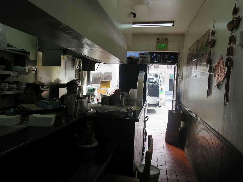 サンフランシスコ - ベトナム料理店の店内