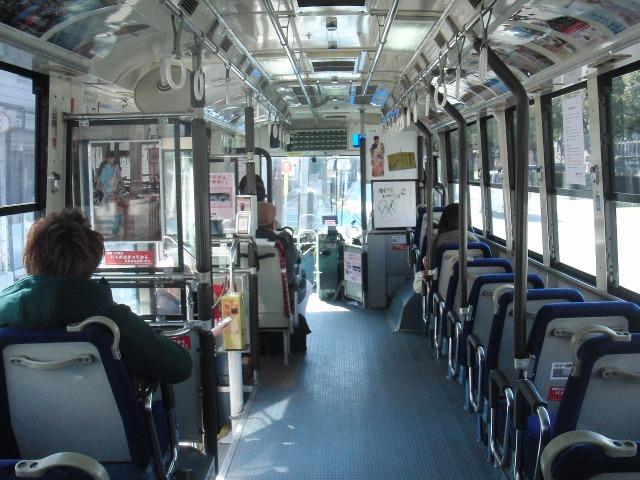 トモテツバス鞆線の車内