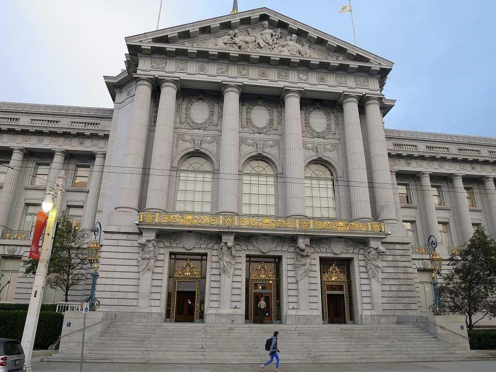 サンフランシスコ市庁舎 裏側